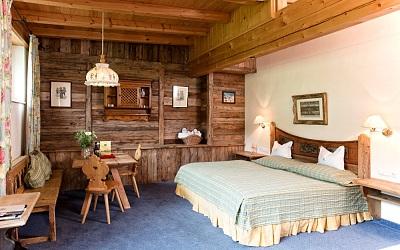 Traditional hotel in Kitzbühel